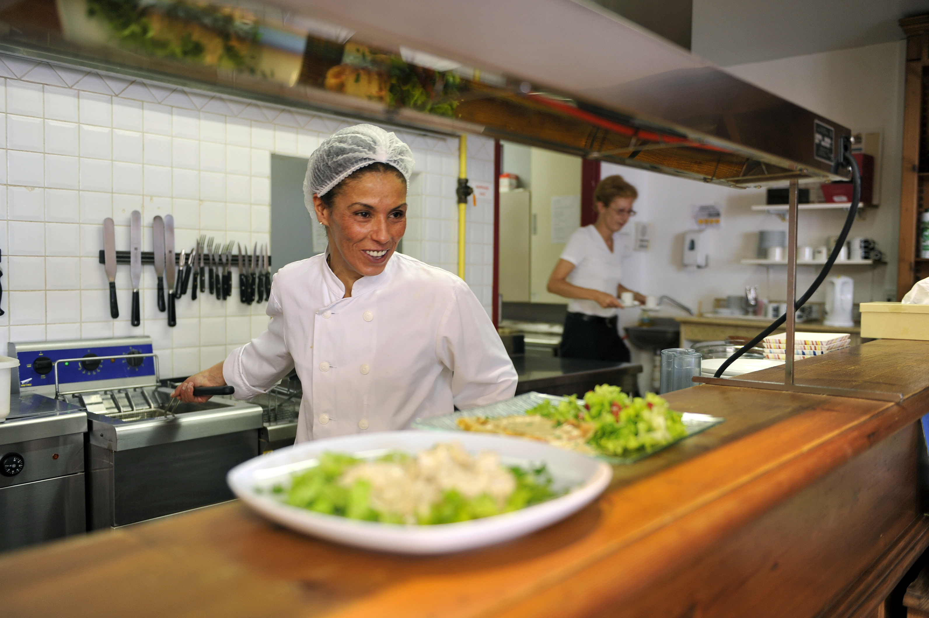 Le « Bec à plumes » : restaurant social